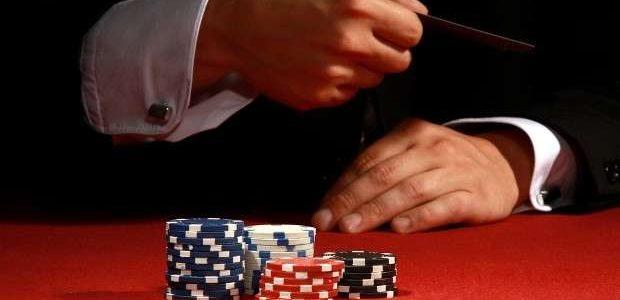 Фолд в покере и его правильное применение