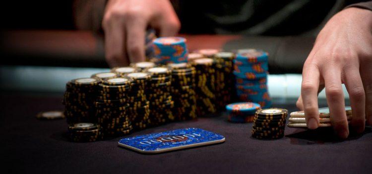 Специфика игры в кэш покер